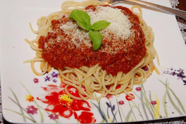 Proste spaghetti bolognese