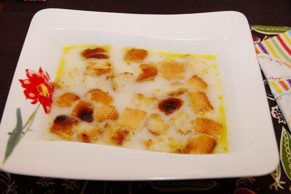 Zupa czosnkowa I